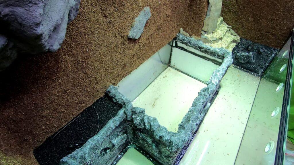 Aufbau Terrarium-Bodenteil: Der Bodenkasten